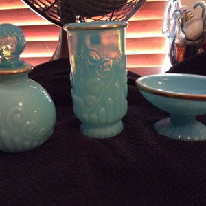 3-Piece Vintage Avon Bath Set!